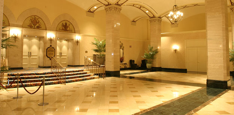 Fairmont_Royal_York_Imperial_02
